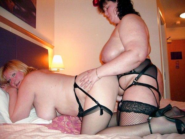 Bedroom bondage for free