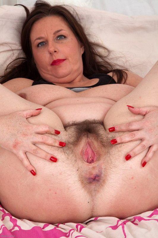 Vivian silverstone threesome lesbian fun