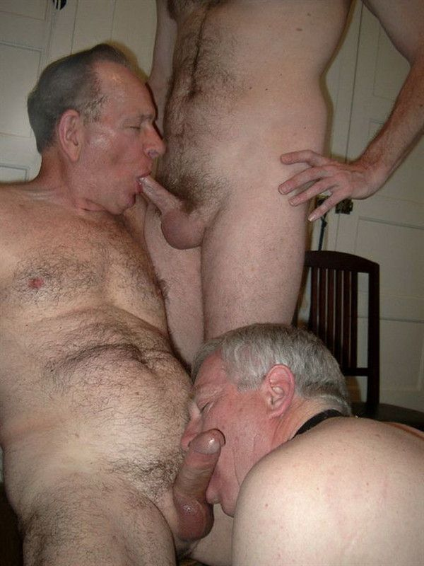 porno guys sucking old men