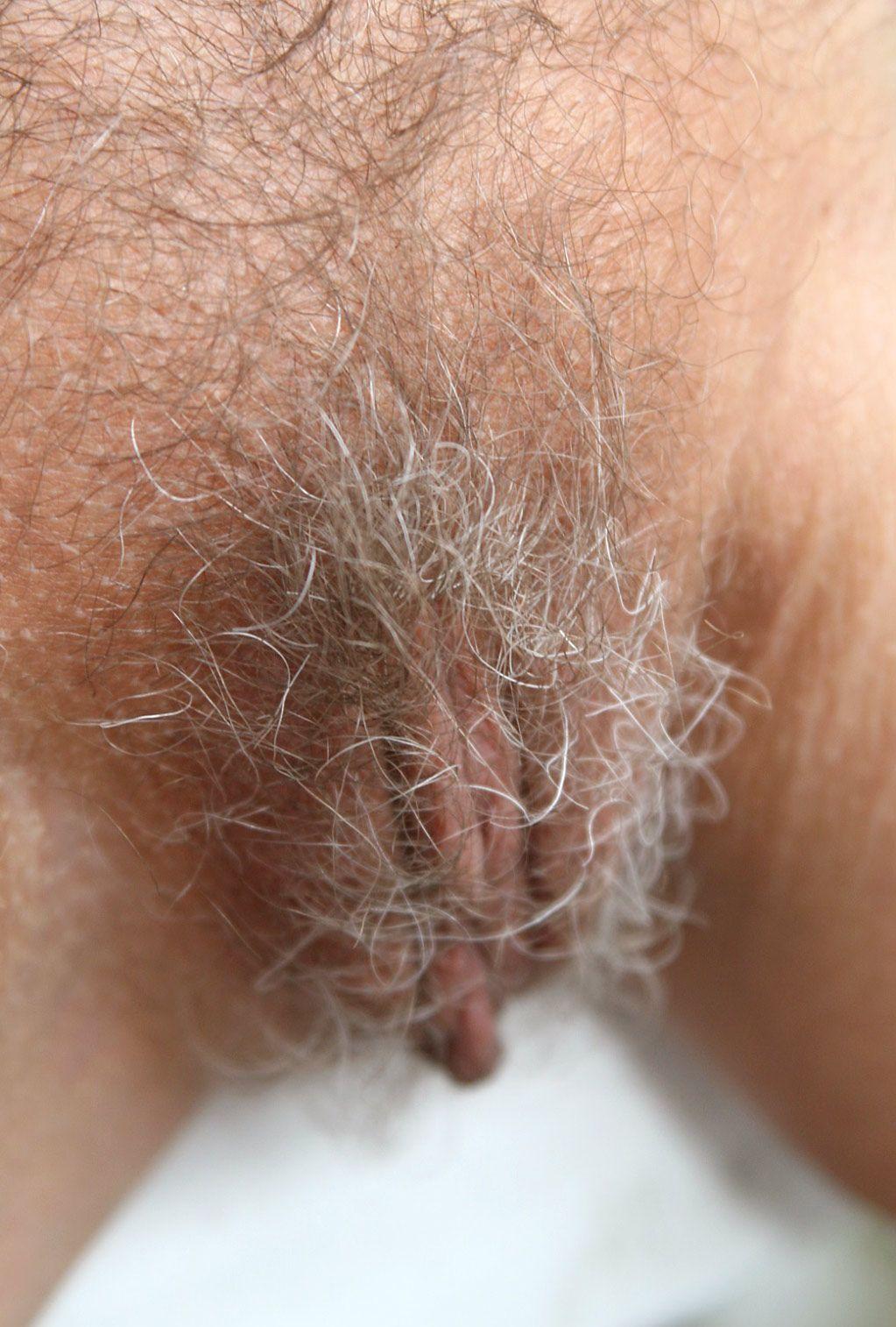 lubricate the anus